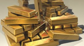Gold Retakes 1300 Amid Rising Uncertainty