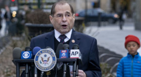 Democrats demand to see Mueller report as battle shifts