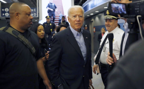Biden hones in on Iowa, South Carolina in 1st campaign swing
