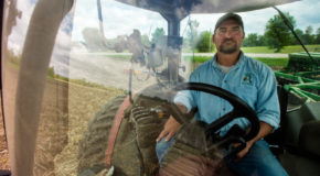 Trump's 'great patriot' farmers follow him into a trade war
