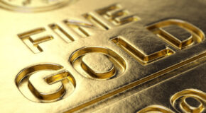 Gold Slips as Yellen's Inflation Comments Lift Treasury Yields